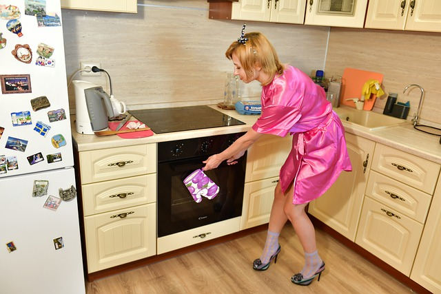 how to arrange appliances in small kitchen